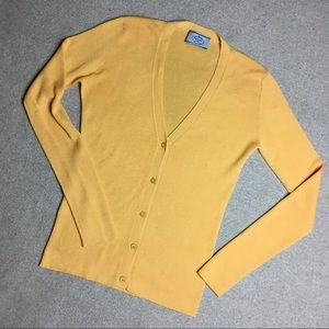 Prada slim fit cardigan size4/XS
